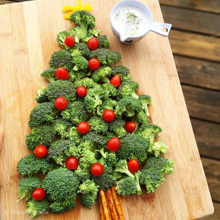 This Christmas Tree Vegetable Platter with Dip is an easy, fun and festive appetizer or snack you can serve for your Christmas or Holiday gatherings.