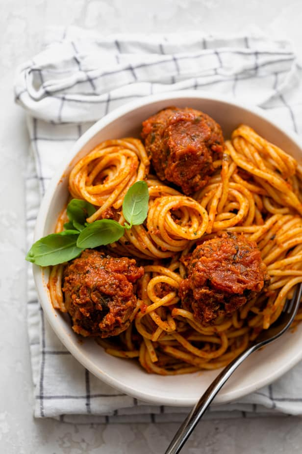 Bowl with spaghetti and meatballs in a marinara sauce
