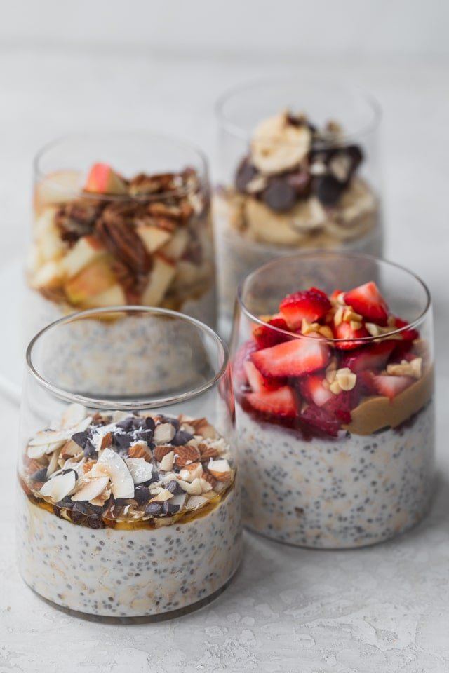 Easy overnight oats - 4 ways