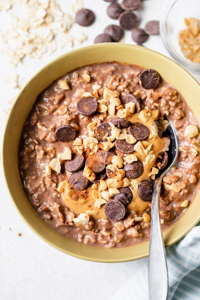 How to make oatmeal - chocolate peanut butter variation