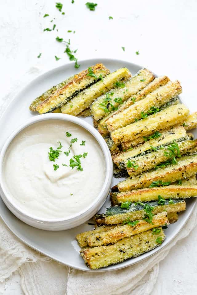 Baked zucchini fries with vegan cashew dipping sauce