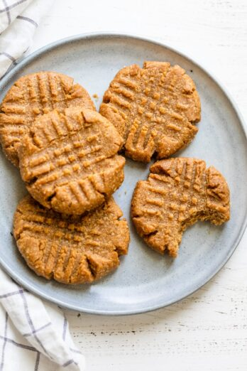 3 Ingredient Peanut butter Cookies on a gray plate