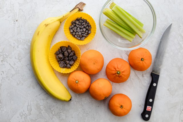 Ingredients to make ghost bananas and tangerine pumpkins