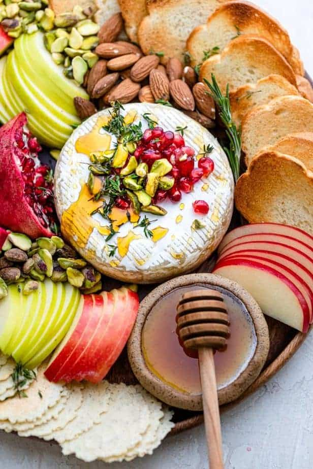 Close up shot of the baked brie appetizer plate