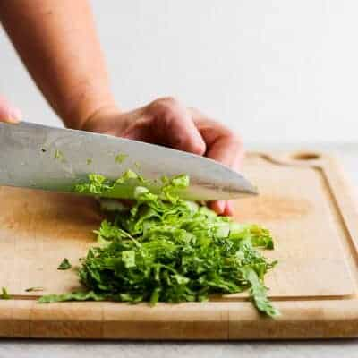 How to cut romaine lettuce