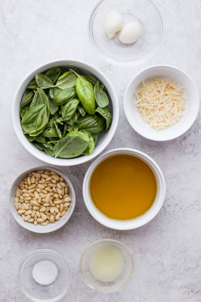 Ingredients to make the recipe all in individual bowls