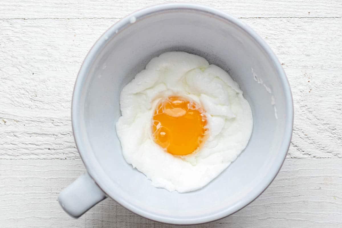 Final cloud egg made in a mug
