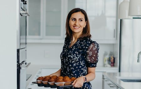 Yumna / Feel Good Foodie with muffins